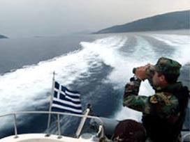El konulan tekneyi Yunanlılar iade etti