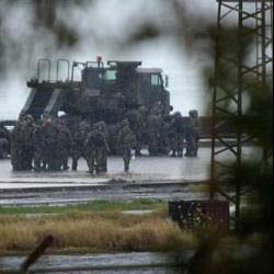 Askeri limanda ihtihar saldırısı