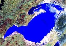 Tuz Gölü yarı yarıya küçüldü